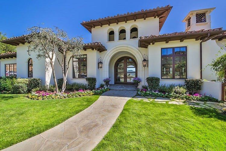 britney-spears-house-exterior