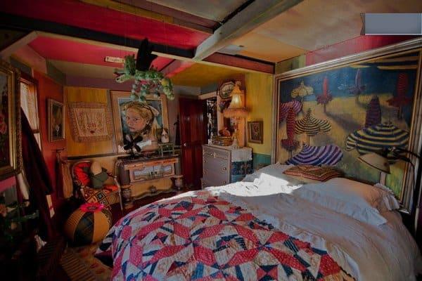 Ellis-Island-Ferry-home-third-bedroom