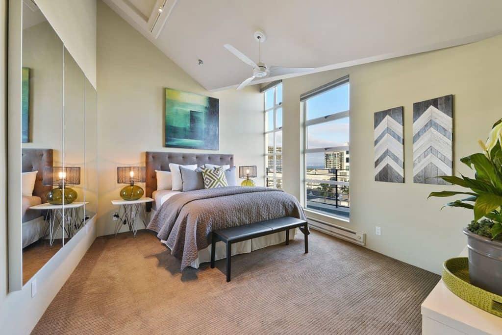 clock-penthouse-461-2nd-street-san-francisco-bedroom