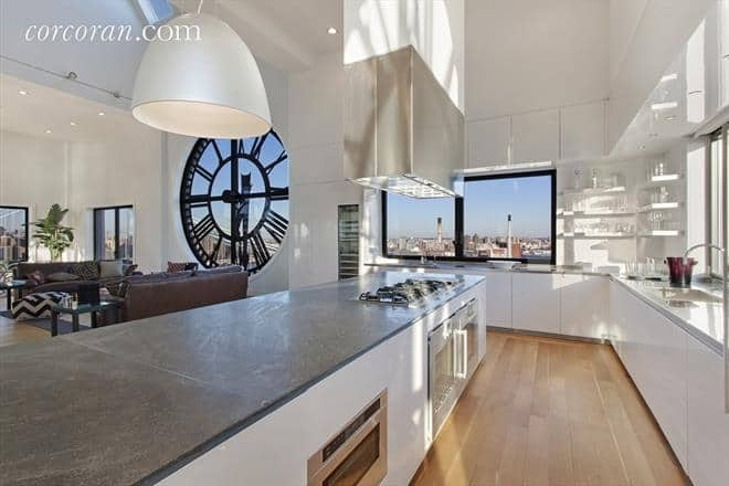 dumbo-clocktower-penthouse-kitchen-view