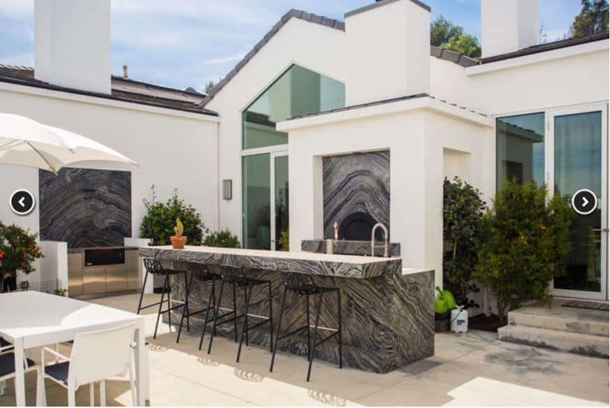 gwen-stefani-house-exterior