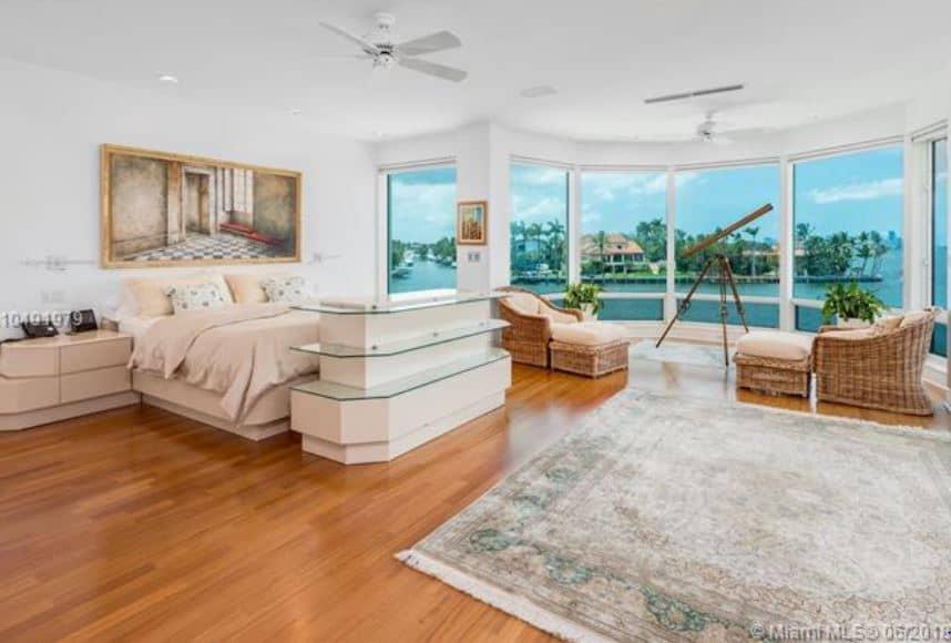 20-tahiti-beach-coral-gables-bedroom