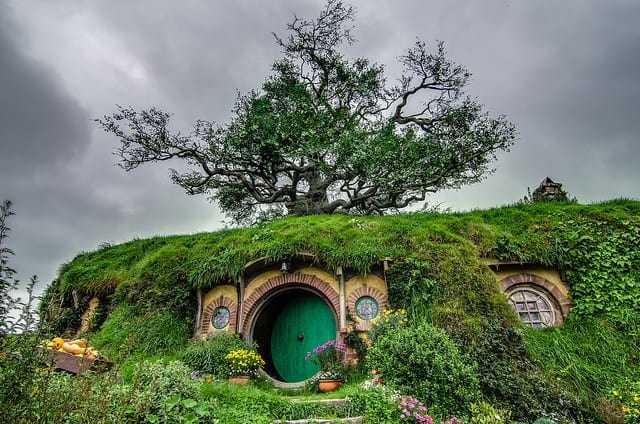hobbit-house-in-real-life