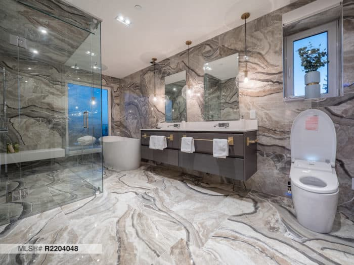 chartwell-drive-chartwell-west-vancouver-bathroom