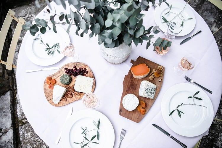 julia-child-home-table