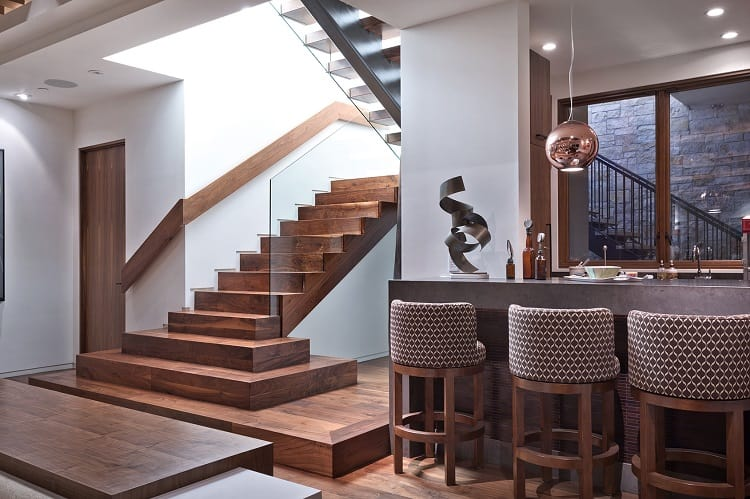 mark-cuban-house-stairs