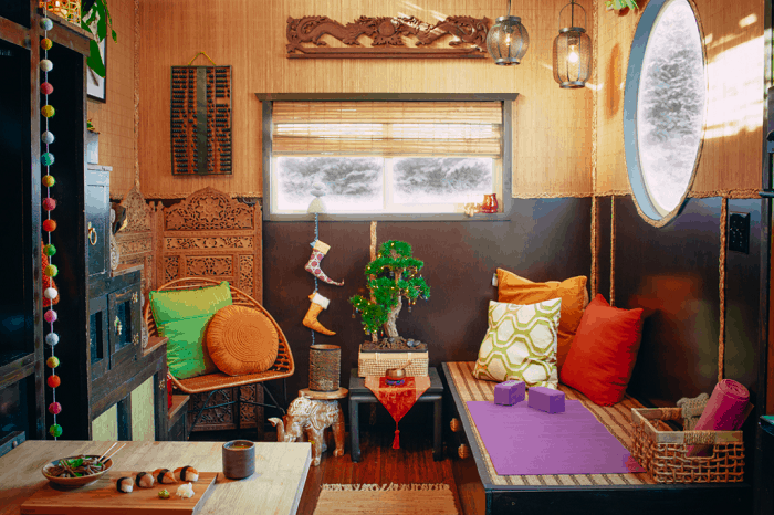 north-pole-elves-homes-interiors