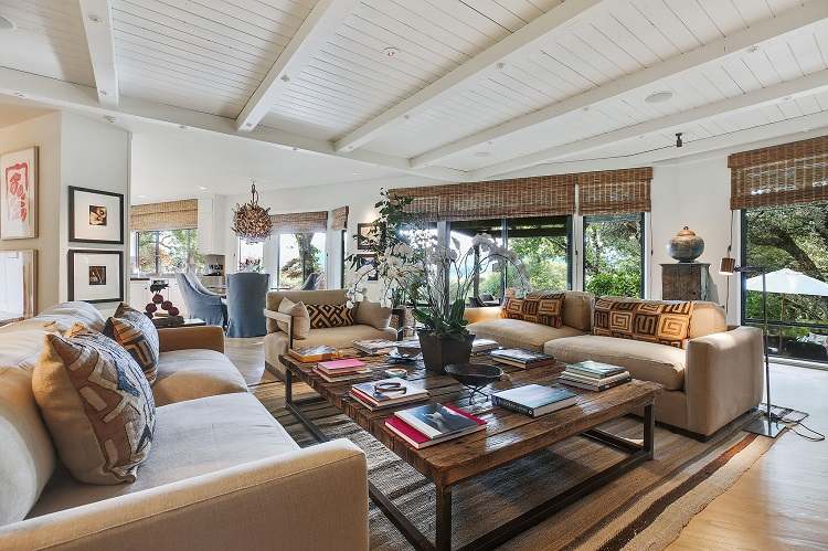robert-redford-st-helena-home-living-room