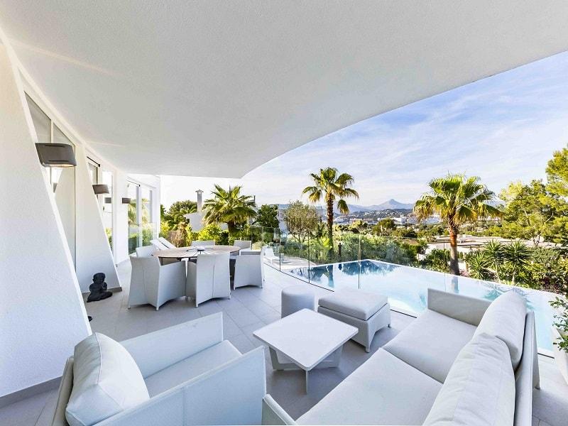 alexander-mcqueen-home-mallorca-terrace
