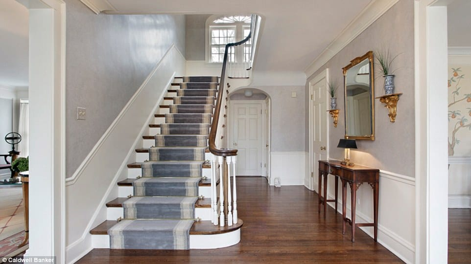 home-alone-stairs-in-real-life