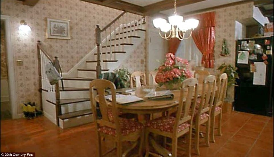 house-in-home-alone-interior
