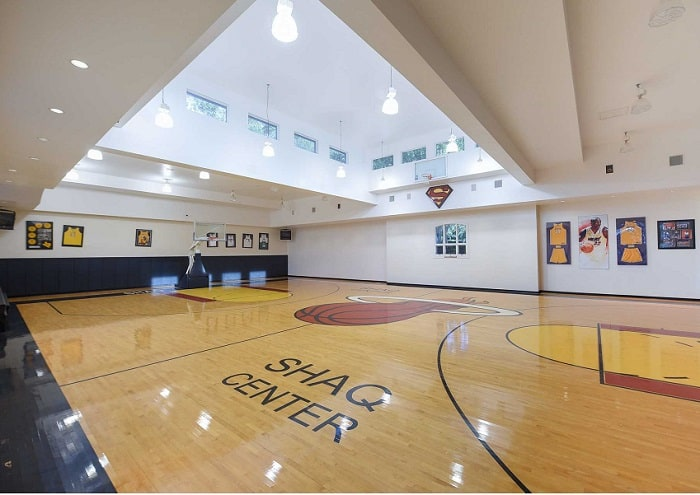 shaquille-oneal-home-basketball-court