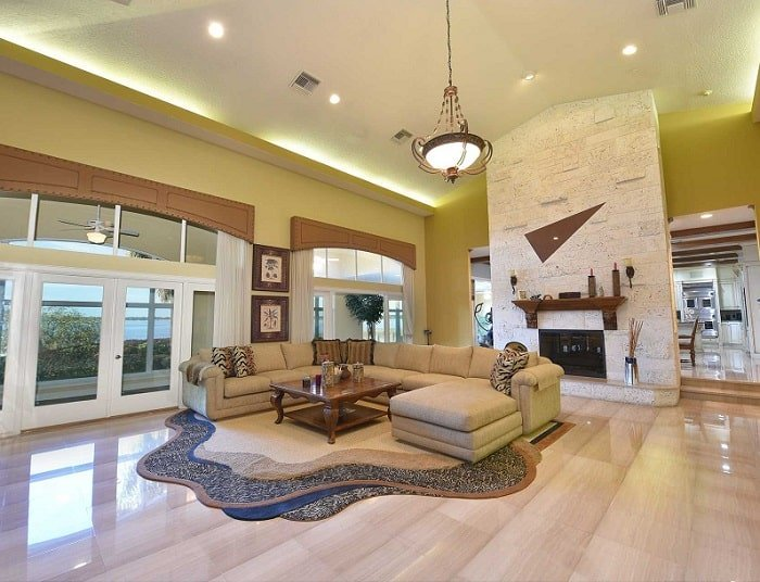 shaquille-oneal-home-living-room