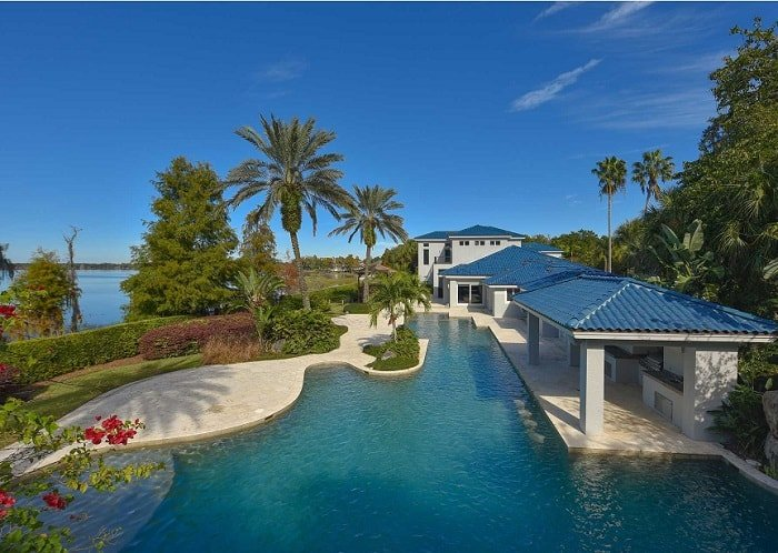shaquille-oneal-home-pool