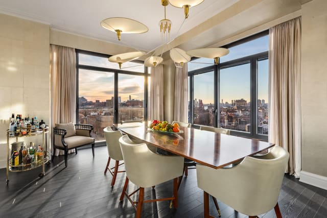condo-at-the-greenwich-lane-dining-room