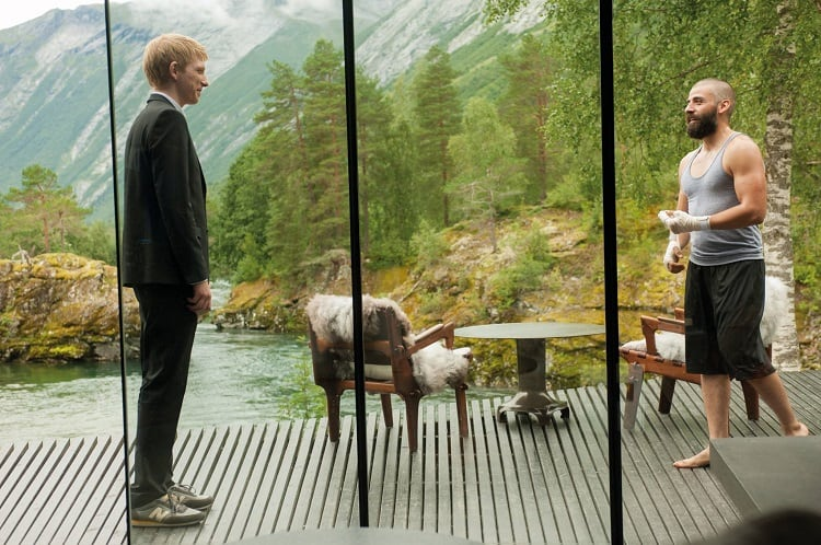 still-from-house-in-ex-machina
