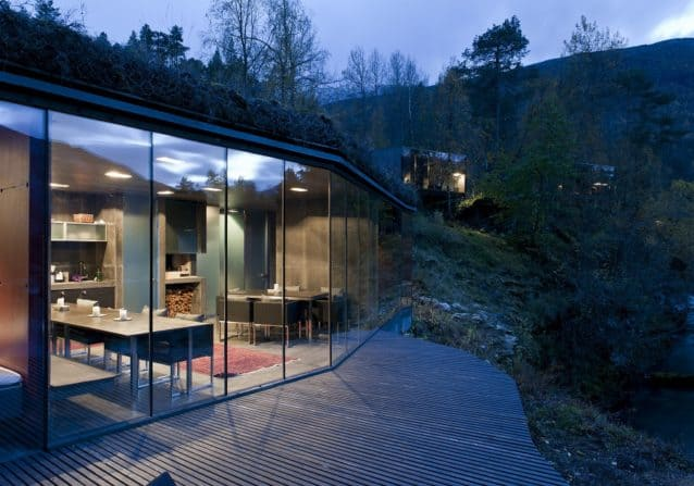 the-house-in-ex-machina