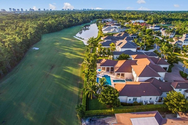 naples florida home in exclusive community