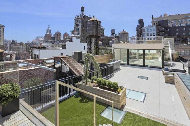 penthouse loft at 5 east 7th street with huge rooftop decks