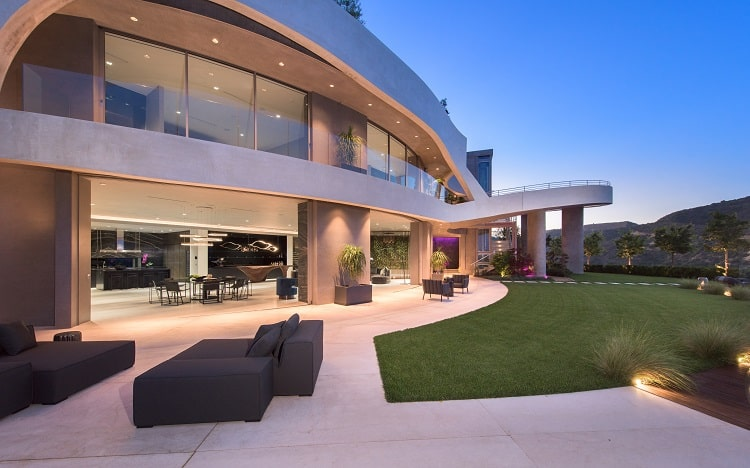 futuristic mansion at 12255 Sky Lane, Brentwood CA.