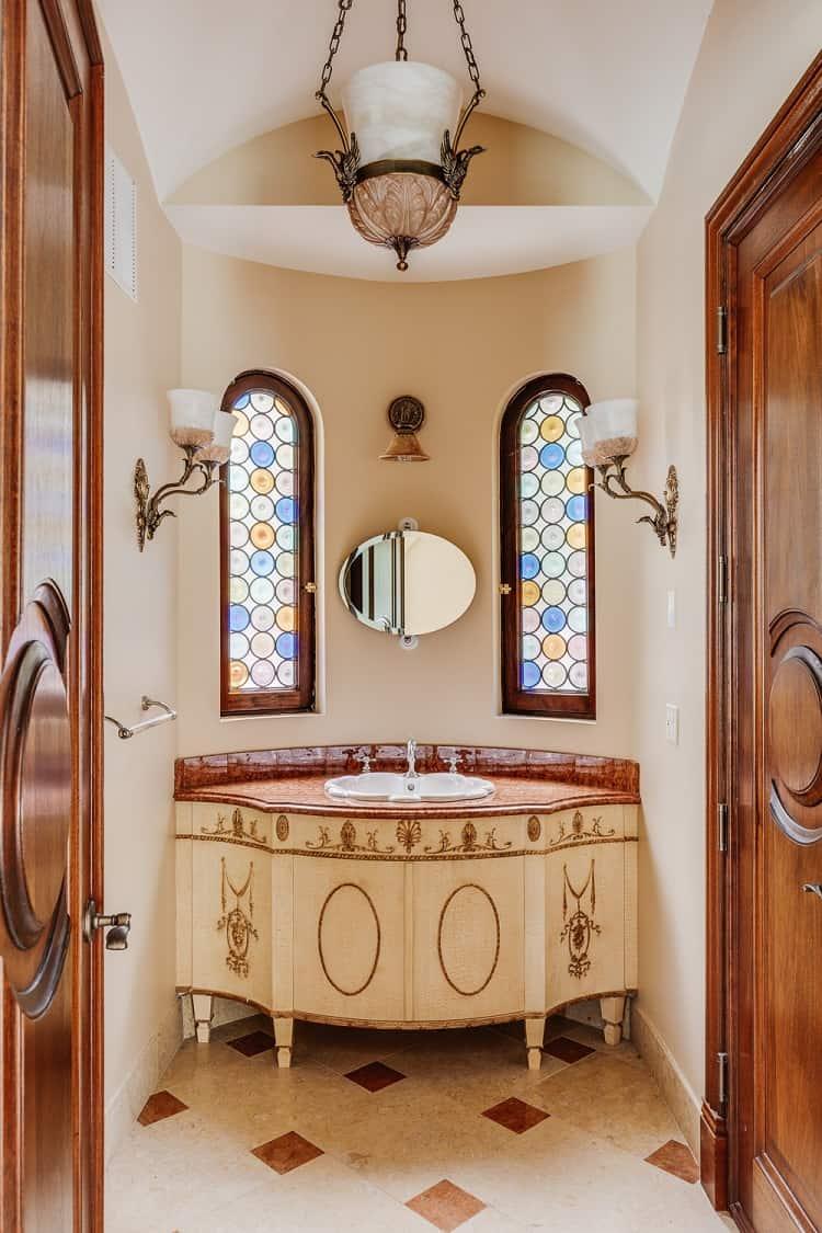 villa la sosta opulent bathroom