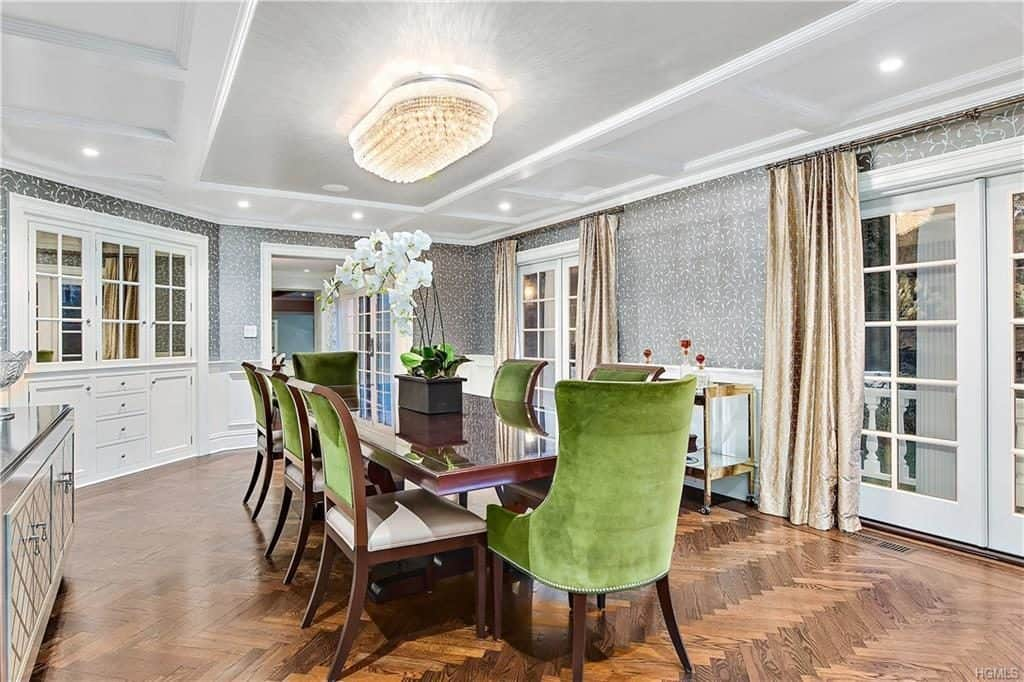 westchester house for sale at 7 Shaw Road, Scarsdale NY