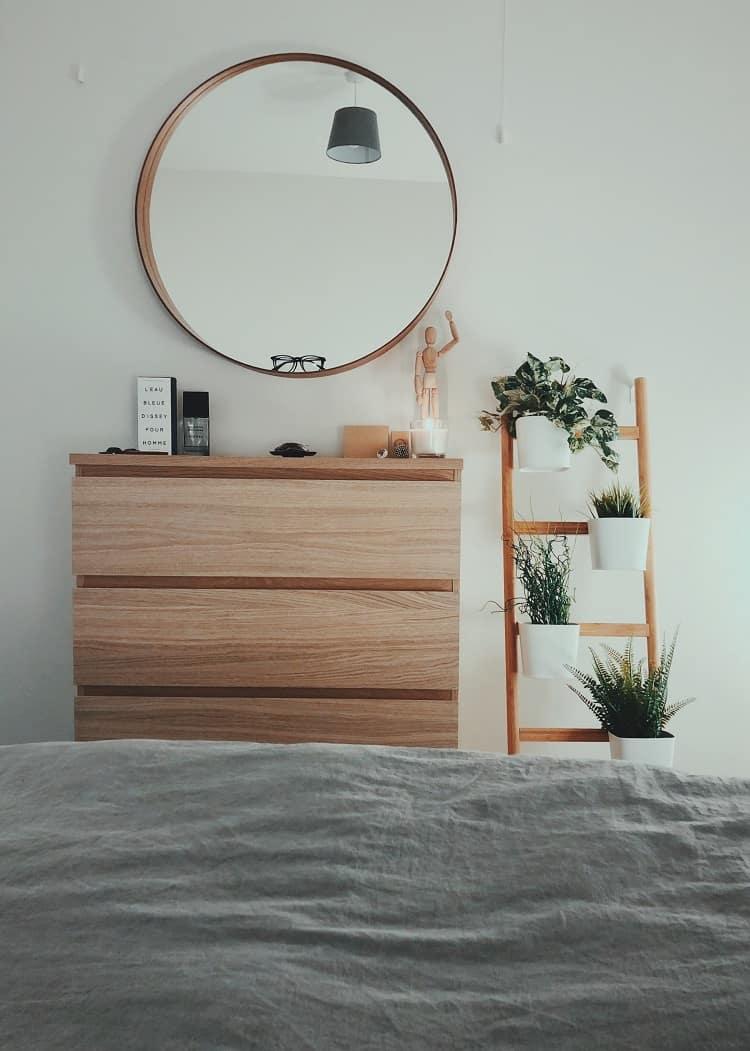 using mirrors for interior design