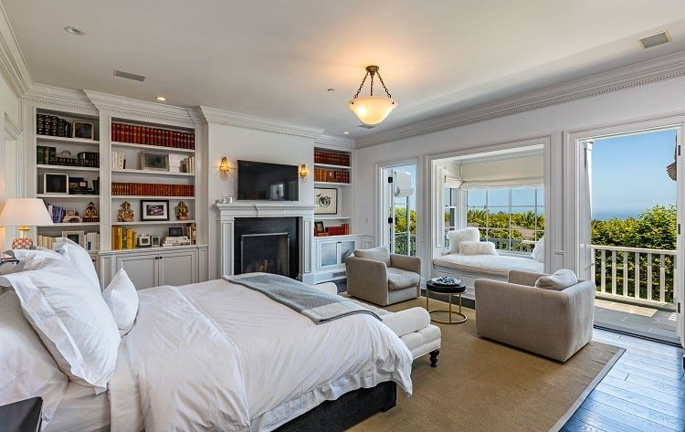 rob lowe house in montecito california  bedroom