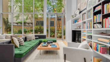 tv producer townhouse in tribeca