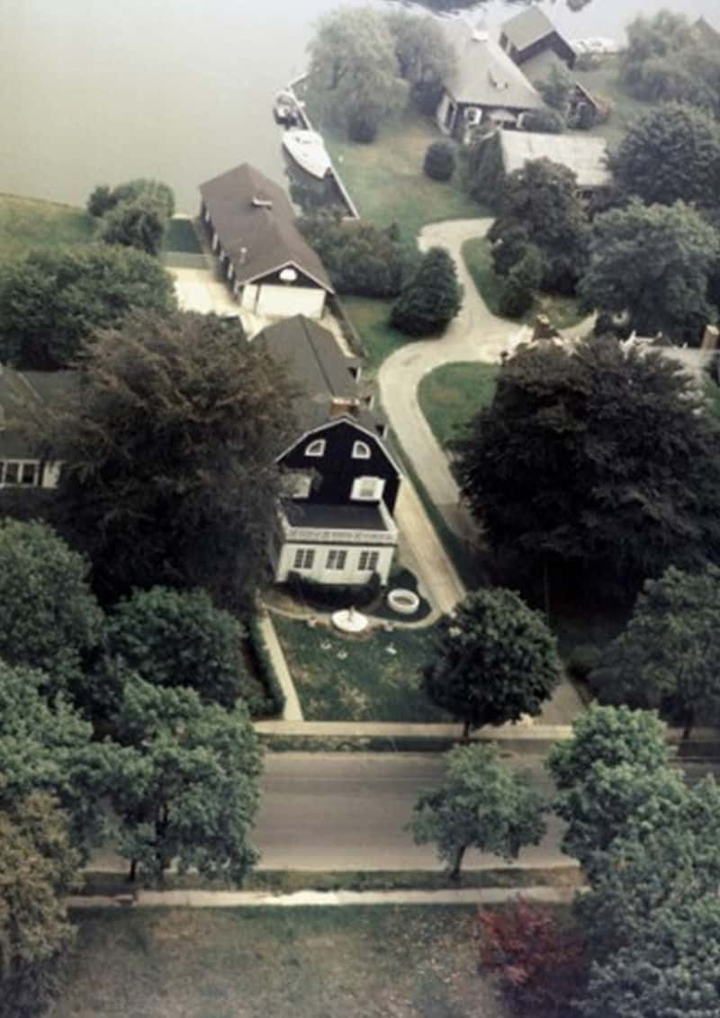 amityville house aerial view