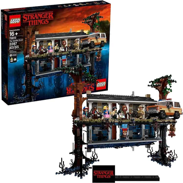 stranger things lego set byers house and hoppers car