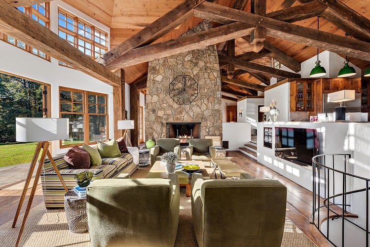 These 5 Homes For Sale Near Nyc All Feature Amazing Fireplaces