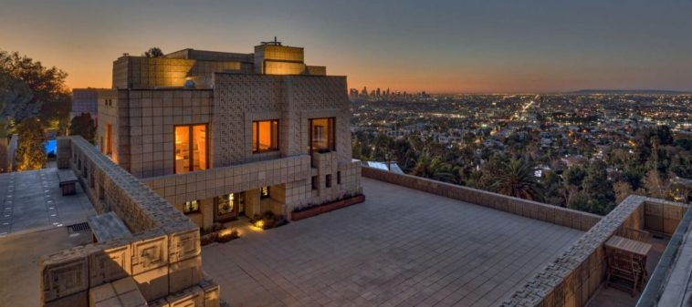 Frank Lloyd Wright's Ennis House in LA