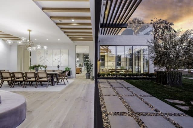 ultra luxury house in pacific palisades