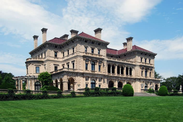 The_Breakers_Newport_Luxury_Mansion