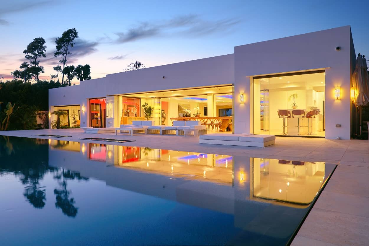 stunning luxury home in montecito