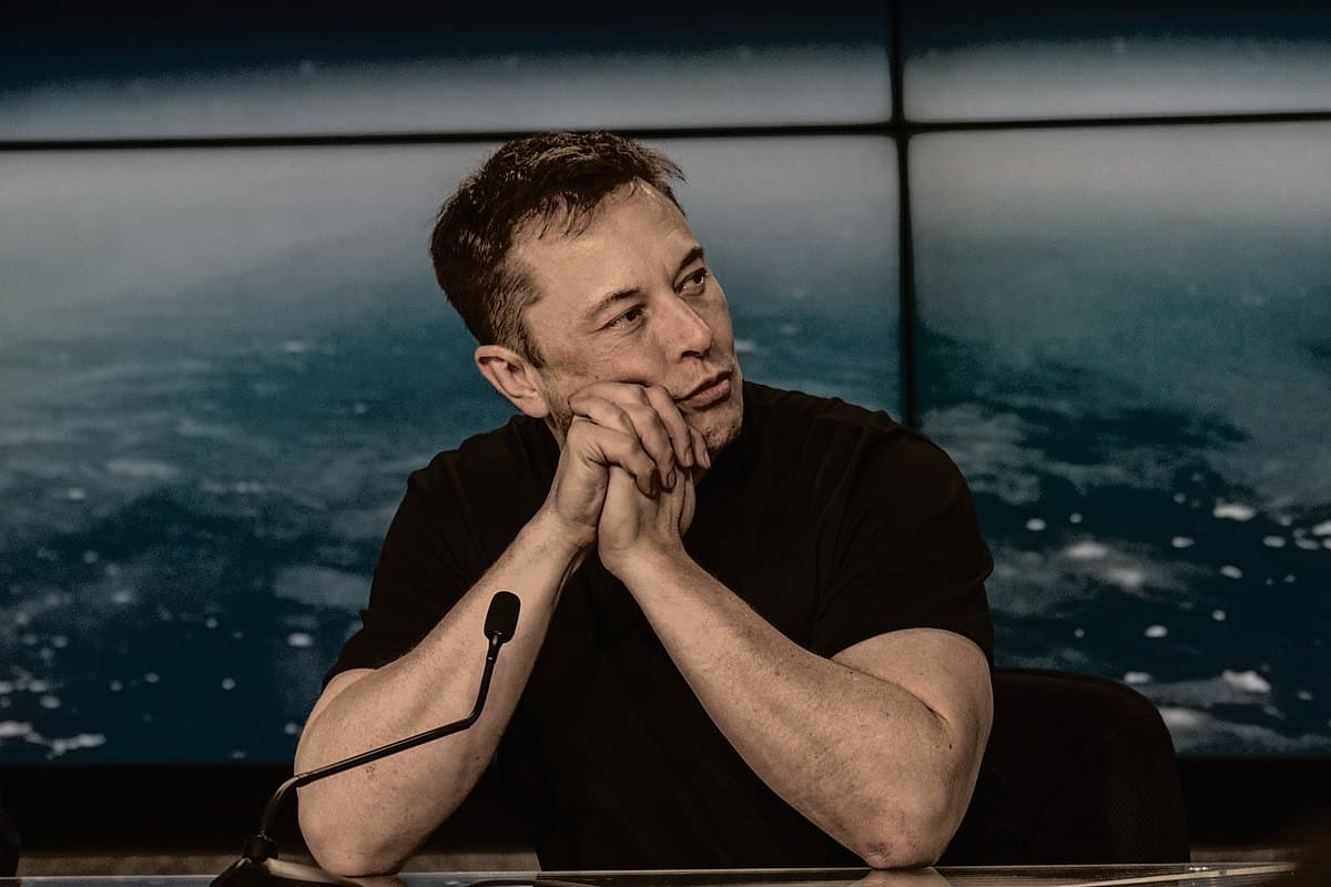 elon musk selling possessions