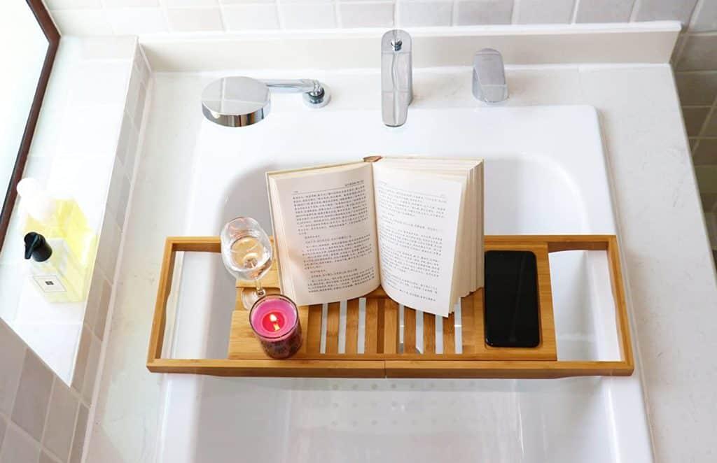 reading tray for the bathtub
