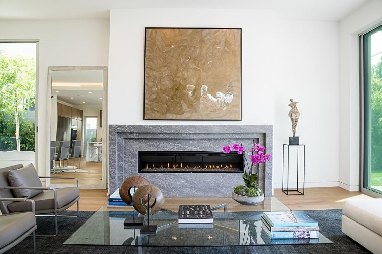 inside the gallery house in beverly hills