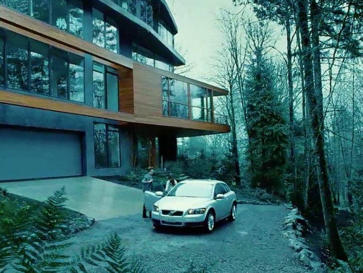 Is It Real Edward Cullen S Sleek Glass House In The Twilight Saga