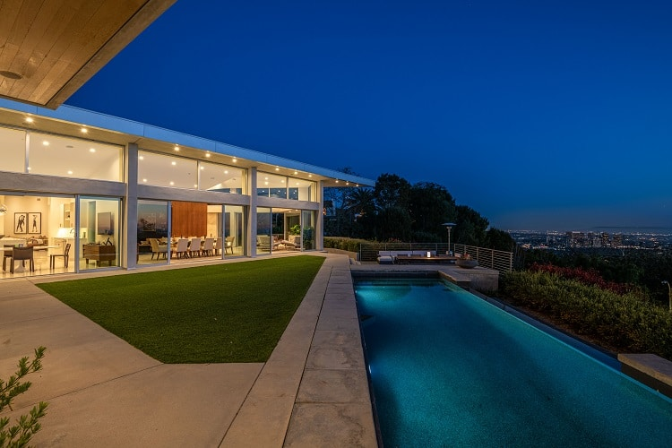 Luxury home for sale in Beverly Hills, CA
