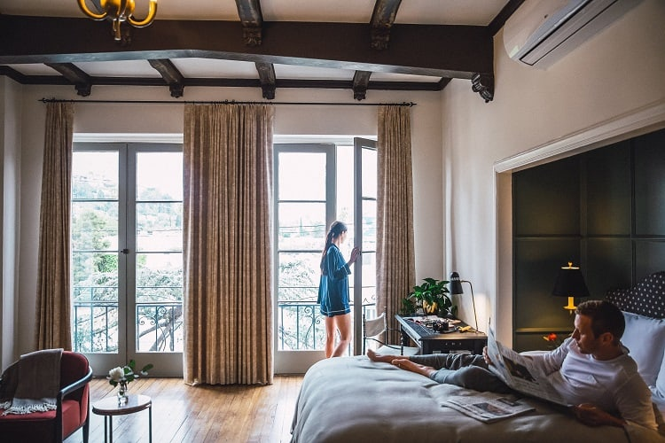 apartment for rent at Villa Carlotta in Los Angeles, CA