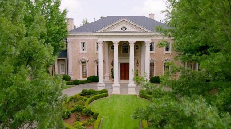 The Carrington Manor in Dynasty