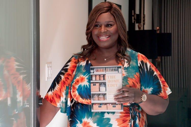 "Marietta (""Retta"") Sirleaf in welcomes The Home Edit team"