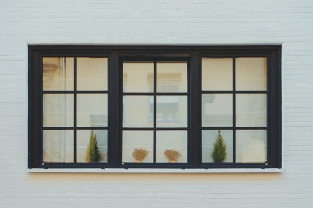 clean outside windows