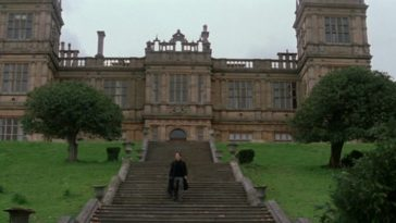 Christian-Bale-at-Wayne-Manor-in-batman-begins