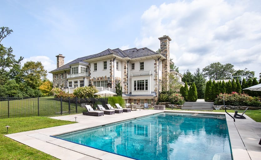 elegant luxury home in scarsdale