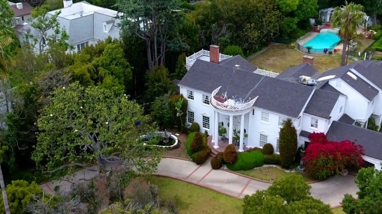 Aerial photo of the Brentwood house used to film exterior shots of the Banks mansion.