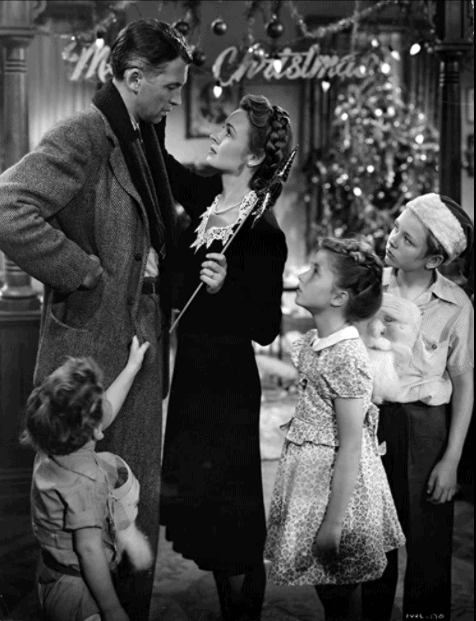 George Bailey and the family at home in It's a Wonderful Life