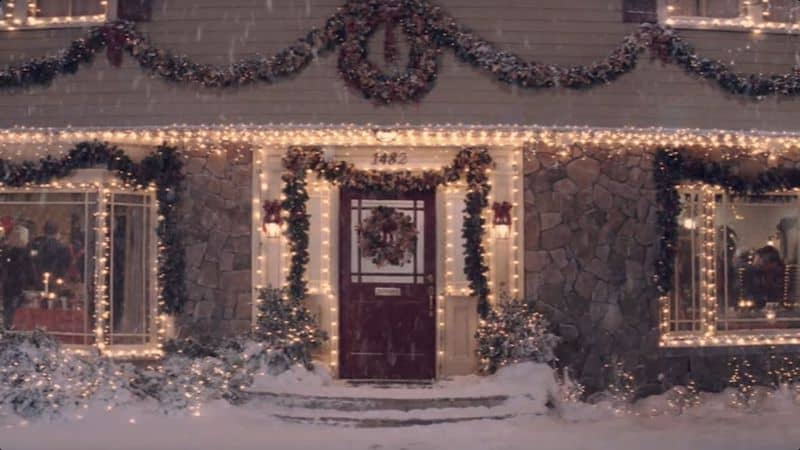 The Krank home in Christmas with the Kranks